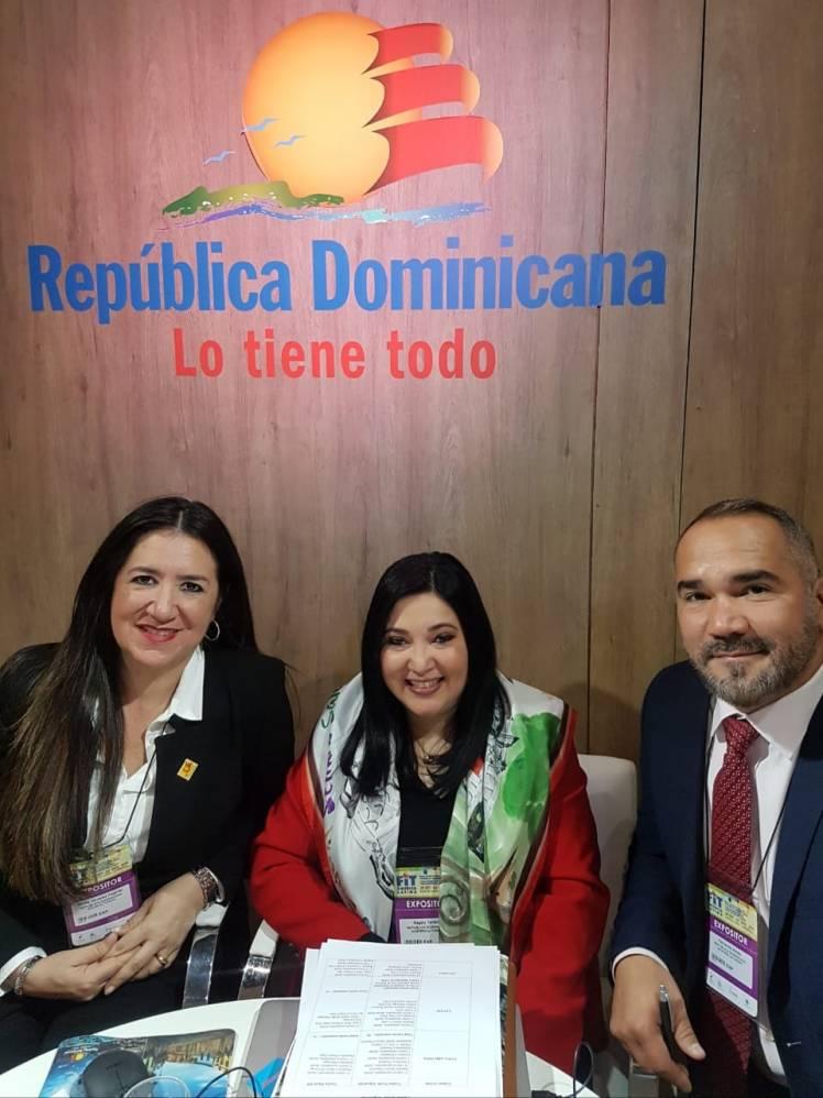 Rhina Olivares y Magaly Toribio